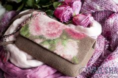 """Купить """"Сумка валяная конфетка «Розовый сад» - сумка через плечо, валяная сумочка"""