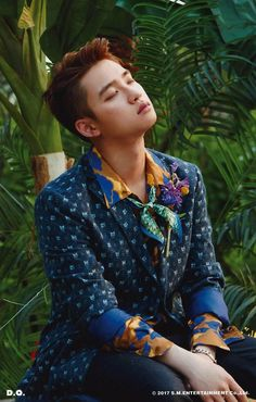 "[SCAN] D.O. ""KoKoBop"" SD Card Ver.B"