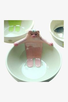 This item is shipped in 48 hours, including the weekends. This cute ceramic bowl is perfect for servings of fresh strawberries with crème anglaise or homemade chocolate fudge pudding, the bowls are al