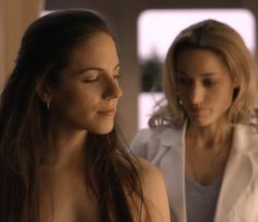 Lost Girl - Anna Silk as Bo and Zoie Palmer as Lauren Bo And Lauren, Anna Silk, Girls Season, Lost Girl, Just In Case, Seasons, World, Lotr, Hobbit