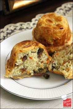Puff pastry pilaf … - food and drink Albanian Recipes, Turkish Recipes, Greek Recipes, Meat Recipes, Cooking Recipes, Just Eat It, Iftar, Food To Make, Food And Drink