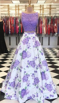 Two Piece Prom Dress,Lavender Party Dress - Homecoming Dresses Lavender Prom Dresses, Floral Prom Dresses, Cute Prom Dresses, Pretty Dresses, Beautiful Dresses, Lavender Dress Formal, Floral Gown, Bridesmaid Dresses, Ball Gowns Prom