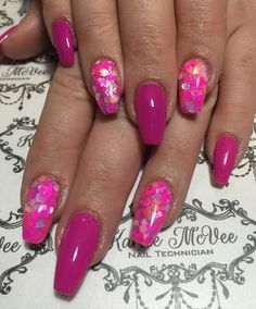 @fluidnaildesign acrylic nails with #naildecor glitter & hot pink gel polish. #acrylicnails #dopenails #fluidnaildesign #fluidnaildesignaustralia #gelpolish #glitter #glitternails #happyclient #ilovenails #instanails #nails #nailart #nailswag #nailstyle #nailstagram #onpointnailsbeauty #pinknails #pink #prettynails #perfectnails #perthnailtech #qualitynails #qualityoverquantity #simple by karleemcveenailtech