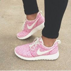 Nike, Run, rosa. Was will man mehr?