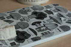 mushroom design cutting board by Kaj Franck & Esteri Tomula