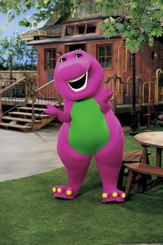 A Live-Action Barney Movie Is in the Works Because It's Clearly 1992 Again Foto Do Goku, Barney The Dinosaurs, Dinosaur Wallpaper, Barney & Friends, Childhood Tv Shows, Dinosaur Funny, Cartoon Crossovers, Sad Art, Kids Tv