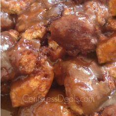Gooey Crock Pot Monkey Bread in the crockpot. Slow Cooker Desserts, Crock Pot Desserts, Slow Cooker Recipes, Crockpot Recipes, Cooking Recipes, Cooking Ribs, Easy Cooking, Chicken Recipes, Crock Pot Monkey Bread Recipe