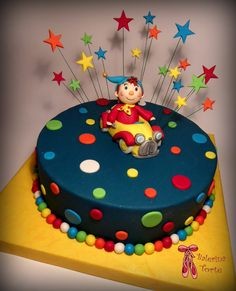 Noddy Cake - Nodi torta by Balerina Torte Jagodina Birthday Cake For Son, Baby Birthday, 1st Birthday Parties, Birthday Ideas, Noddy Cake, Rodjendanske Torte, Torte Recepti, Oui Oui, Cakes For Boys