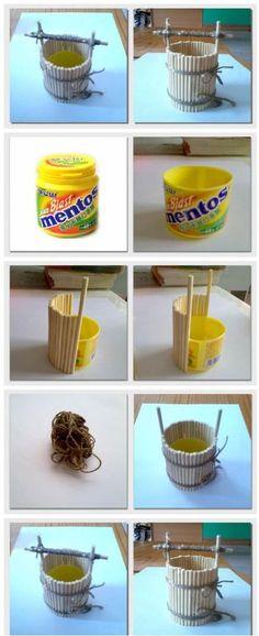 可以拿雪糕棍、一次性筷子之类的来做,做收纳盒、花盆都不错。而且操作还简单,嘎嘎,收回家试试