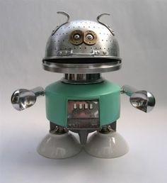 Junk robots. by julie