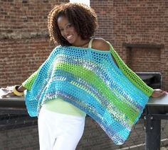 What woman wouldn& want a Multicolored Poncho like this one? This crochet poncho sweater can be worn with just about any outfit. This chic look can be topped off with a thick belt for your night out. It& an easy crochet pattern so get started. Crochet Shawls And Wraps, Crochet Scarves, Crochet Clothes, Crochet Sweaters, Moda Crochet, Free Crochet, Knit Crochet, Easy Crochet Patterns, Crochet Stitches
