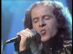 Scorpions - Still lovin' you 1984 - YouTube - original video in higher key - amazing voice!!!!
