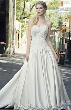 Henry Roth - Sweetheart Ball Gown in Satin