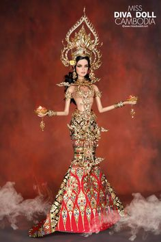 Fashion Royalty Dolls, Fashion Dolls, Doll Costume, Costumes, Celebrity Barbie Dolls, Diva Dolls, Dolls Dolls, Barbie Miss, Doll Clothes Barbie