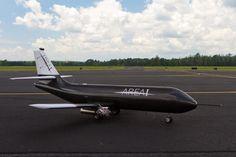 PTERA(試作技術評価研究機)。ジョージア州に拠点を構えるArea-Iによって発表された無人航空機システム。3Dプリント技術が使われた低コスト低リスクの研究用のプラットフォームとのこと。このデータは将来の航空技術に応用できる。