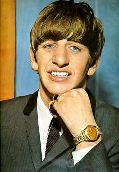Ringo Starr's pretty blue eyes!
