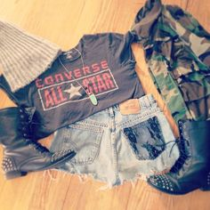 Camp jacket, converse shirt, military boots, crop shorts, toque ❤ my style