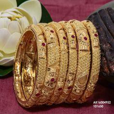 Thread Bangles Design, Gold Bangles Design, Gold Jewellery Design, Indian Wedding Jewelry, Indian Jewelry, Unique Jewelry, Most Expensive Jewelry, Bangle Set, Bridal Jewelry Sets