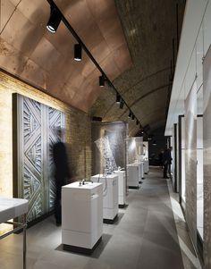 CP Hart – Gatwick, UK – Lighting products: Palco by iGuzzini Illuminazione – Lighting project: Studio Fractal - Photo: James Newton #iGuzzini #Lighting #Light #Luce #Lumière #Licht #Retail #Palco