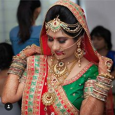 All set and All Pretty.. Photography: Siddharth Desai (@88sid) Makeup: @aanalsavaliya #Wedding #IndianWedding #IndianBride #henna #mehndi