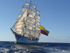 """El Buque Escuela de la Armada de Colombia ARC """"Gloria"""" zarpa en su primera fase de entrenamiento -noticia defensa.com"""