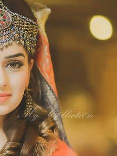 Dpzz girl beauty »✿❤ Mego❤✿« Bridal Mehndi Dresses, Pakistani Bridal Wear, Pakistani Wedding Dresses, Stylish Dpz, Stylish Girl, Pakistan Wedding, Muslim Women Fashion, Afghan Dresses, Mehndi Brides