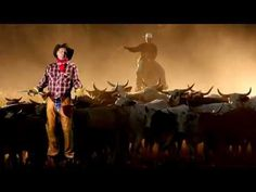 Sir Patrick Stewart Singing Country Music Is the Best Thing You'll See Today - WhoSay Cowboy Song, Country Videos, Patrick Stewart, Music Humor, Geek Gifts, Haha Funny, Funny Stuff, The Ranch, Funny Pranks