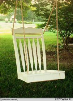 Woodworking For Beginners Furniture DIY Old Chair turned into Swing love it! For Beginners Furniture DIY Old Chair turned into Swing love it! Outdoor Projects, Home Projects, Garden Projects, Craft Projects, Swinging Chair, Chair Swing, Swing Beds, Yard Swing, Bench Swing