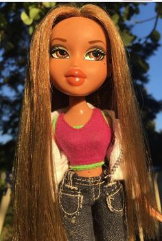 Profile Pictures Instagram, Cartoon Profile Pics, Cartoon Profile Pictures, Bratz Doll Makeup, Bratz Doll Outfits, Bad Girl Aesthetic, Aesthetic Photo, Colorfull Wallpaper, Black Bratz Doll