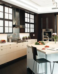 Kitchen built by Richard C. Rigoli & Company Inc.; Architecture by Yarosh Associates; Interior Design by The Patterson Group; Photography by Greg Premru #Kitchen