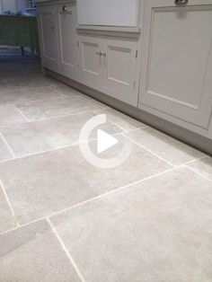 Flagstone Flooring, Limestone Flooring, Grey Kitchen Floor, Kitchen Flooring, Tuile, Modern Interiors, Decoration, Moroccan, Tile Floor