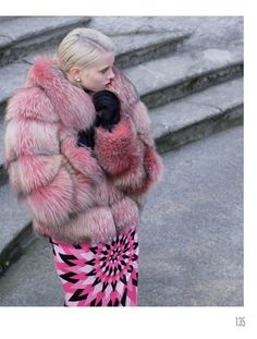 Love this totally in the pink!  Pattern and texture = lovely.