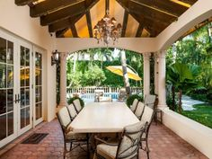 9.9-Million-Mediterranean-Mansion-in-Palm-Beach-Florida-9.jpg 500×375 píxeles