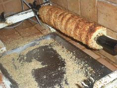 Skalický trdelník - Recept Y Recipe, Russian Recipes, Food Dishes, Rolls, Yummy Food, Sweets, Bread, Cookies, Crack Crackers