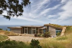 Dani Ridge House, Big Sur, California by Carver + Schicketanz. (Photography: Robert Canfield)
