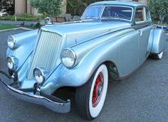 This 1933 Pierce-Arrow Silver Arrow is just one of three left in the world.