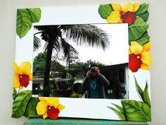 Espelho com arte por Fabiana Kaled