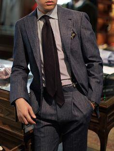Via bntailor:  B&Tailor made denim suit B&Tailor wide collar shirt B&Tailorshop brace Passaggio Cravatte cashmere tie for B&Tailorshop All at B&Tailorshop