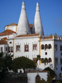 Palacio Nacional de Sintra Dominates, Lisbon, Portugal