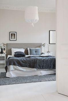 Shades of grey in a lovely Gothenburg home. Alvhem Makleri.: