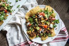 Vegetarian Quinoa Nachos - healthy choice for Cinco de Mayo! #vegetarian #quinoa #nachos
