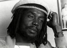 Known as one of the greatest reggae artists to ever grab the mic, Peter Tosh is finally getting his just due. Today, the Peter Tosh Museum opened at the Pulse Centre in Kingston, Jamaica, on what would. Peter Tosh Quotes, Bob Marley, Damian Marley, Johnny B Goode, Reggae Artists, The Wailers, 11. September, New Museum, Die Young