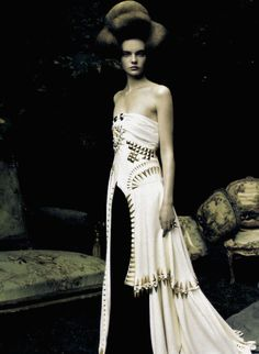Givenchy F/W 2009 Haute Couture dress, photographed by Paolo Roversi for Vogue Italia, September 2009.