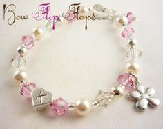 Light pink pearl flower girl bracelet or por BridalFlipFlops