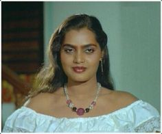 Silk Smitha, Sai Baba Wallpapers, Time News, South Indian Film, Vintage Movies, Woman Crush, Actress Photos, Girl Photography, Indian Beauty