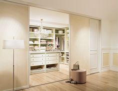 Simple Purer Luxus Ein begehbarer Kleiderschrank von CABINET begehbarekleiderschr nke walkincloset begehbareankleide ankleide