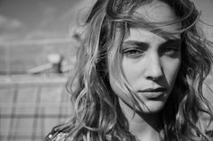 Welcome to Nora Arnezeder official website. Nora Arnezeder is an french actress, television and theatre. This is her fan web gallery. Nora Arnezeder, Most Beautiful Faces, French Actress, No Photoshop, Lee Jeffries, Natural Looks, Woman Face, Beautiful Actresses, Celebrities