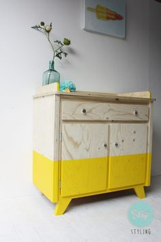 vintage-commode-51602.1