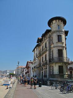 St Jean de Luz, Basque Country, France www.etcheabakery.com