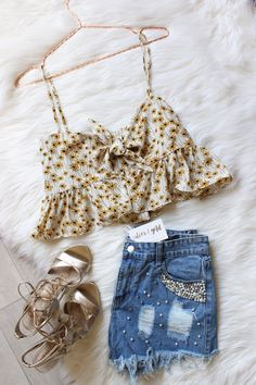 99 cute outfits for spring awesome ways to dress yourself 18 Cute Summer Outfits, Girly Outfits, Outfits For Teens, Spring Outfits, Casual Outfits, Cute Outfits, Teen Fashion, Fashion Outfits, Fashion Tips